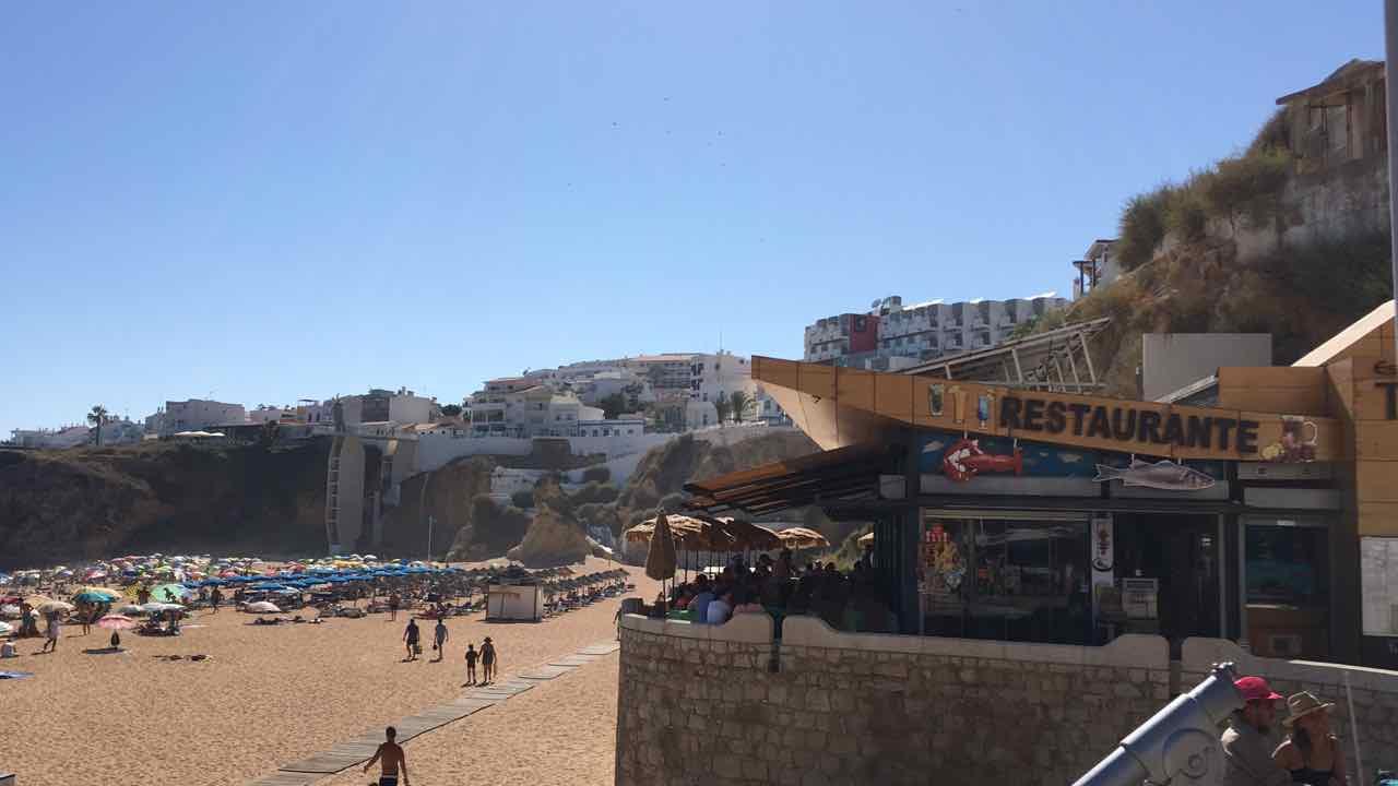 albufeira_beach